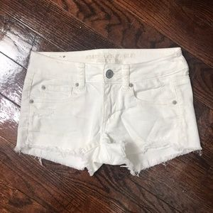 American Eagle Shorts 🦚 Ripped White Distressed